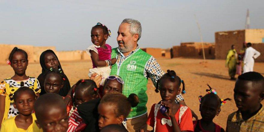 Şefik Sevim Sudan İzlenimlerini Yazdı