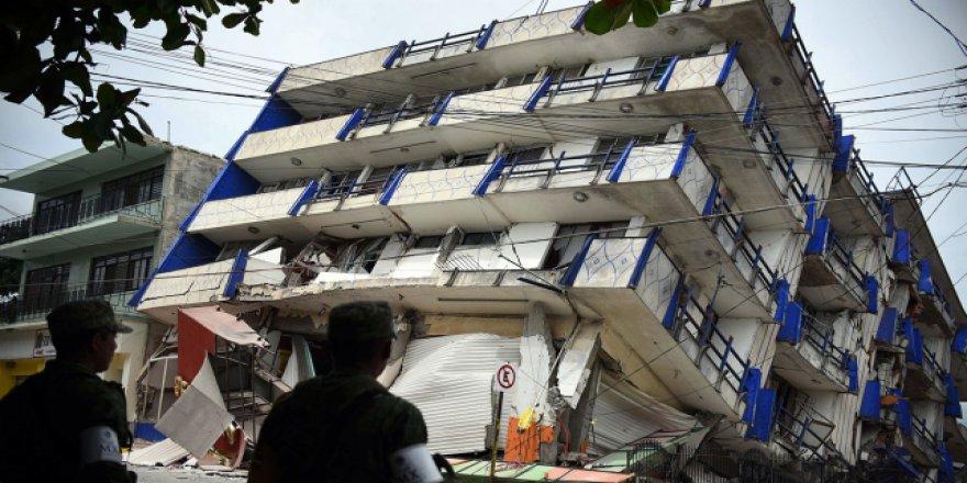 Meksika'daki 8,1 Büyüklüğündeki Depremin Bilançosu Artıyor