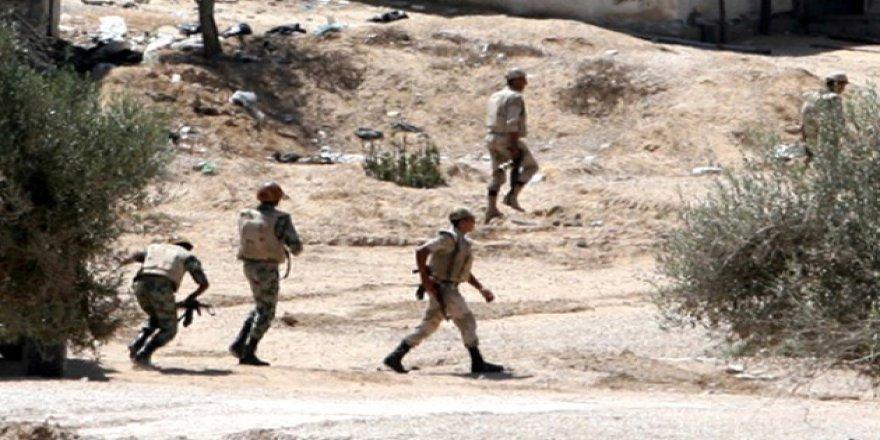 Sina'da Polis Konvoyuna Saldırı
