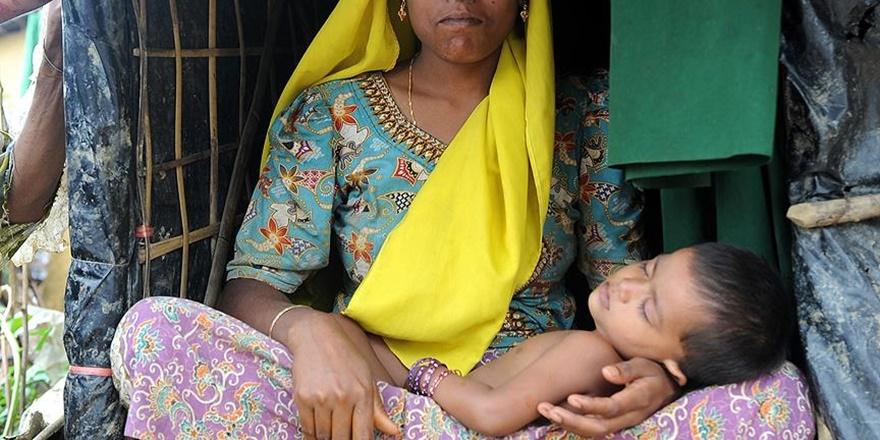 """""""Bangladeş'te Bir Haftada En Az 200 Arakanlı Çocuk Öldü"""""""
