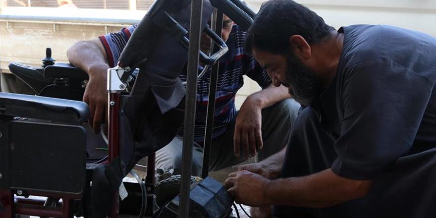 İdlib'de Tekerlekli Sandalyelere Güneş Enerjili Çözüm!