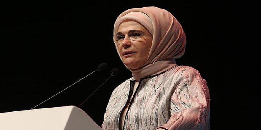 Emine Erdoğan'dan Dünya Liderlerinin Eşlerine 'Arakan' Mektubu