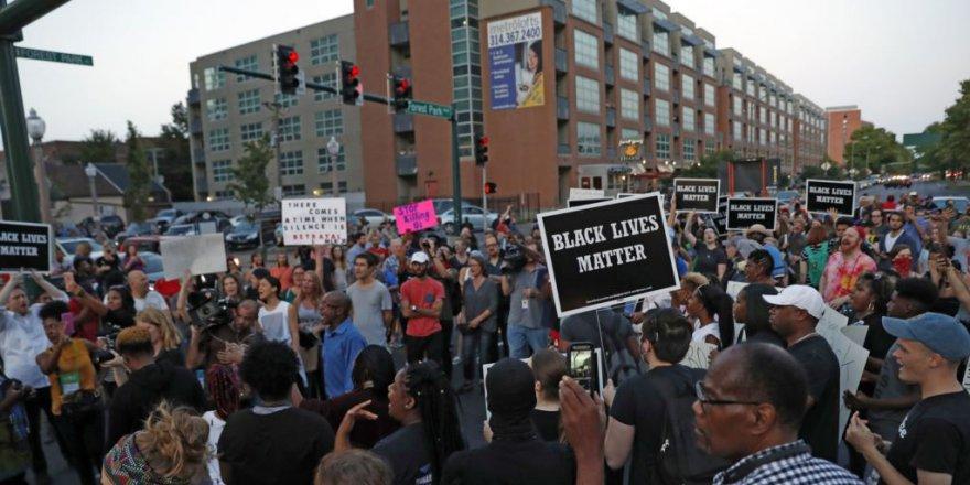Missouri'de Polis Beraat Etti Sokaklar Karıştı