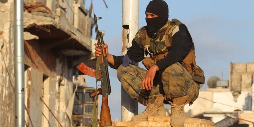 Doğu Hama'da IŞİD ve Direnişçiler Arasında Çatışma!
