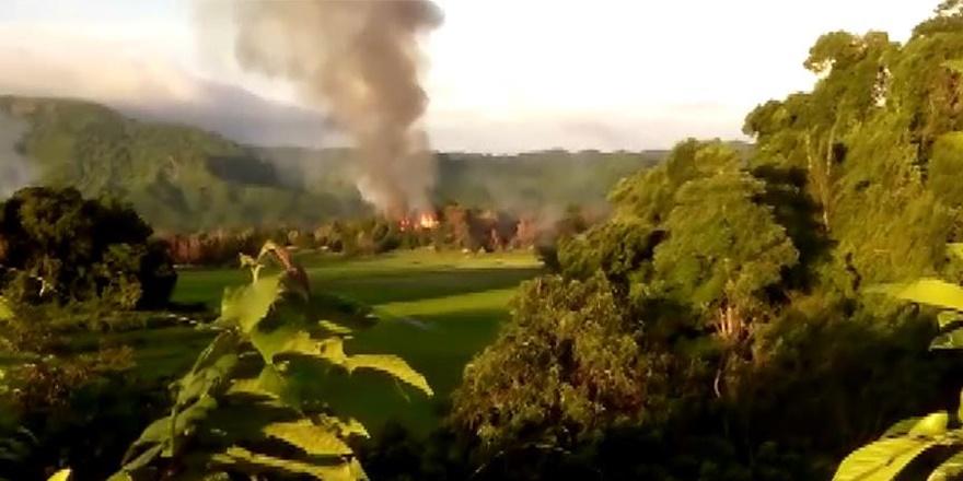 Ordu ve Çeteler Arakanlılara Ait Evleri Yakmayı Sürdürüyor!