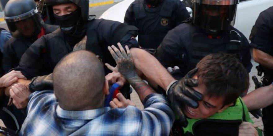 İspanya Polisinden Katalan Hükümetine Referandum Baskını