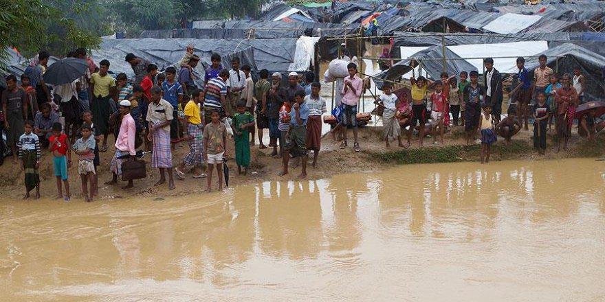 Hindistan Arakanlı Müslümanlara Deniz Sınırını Kapattı