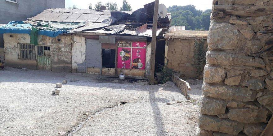 Şemdinli Altınsu (Şapatan) Köyündeki Müslüman Esnafa PKK Saldırısı