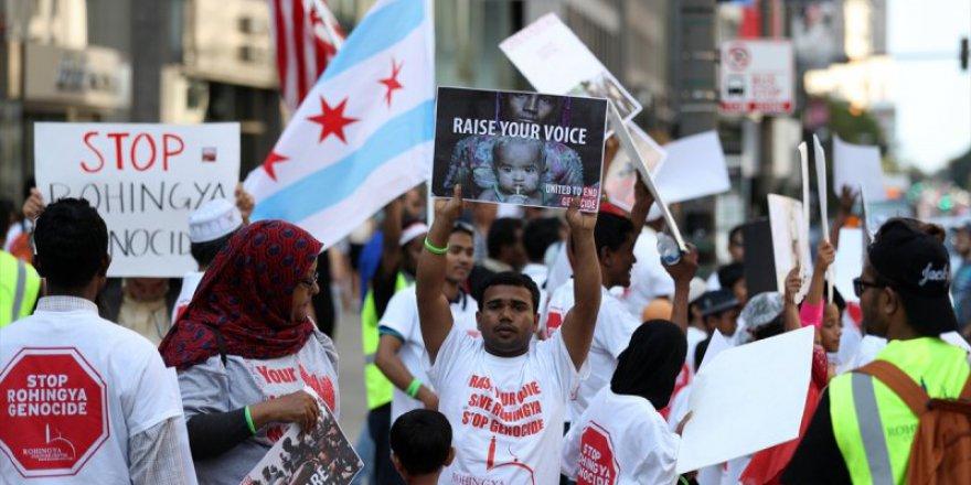 ABD'li Rohingyalardan Arakan İçin Gösteri