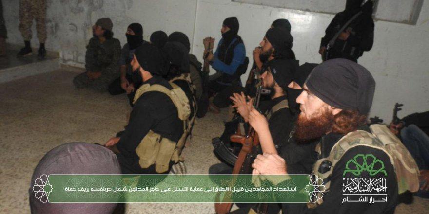 Tahrir-i Şam ve Ahrar-ı Şam'dan Hama'da Esed'e Ortak Operasyon