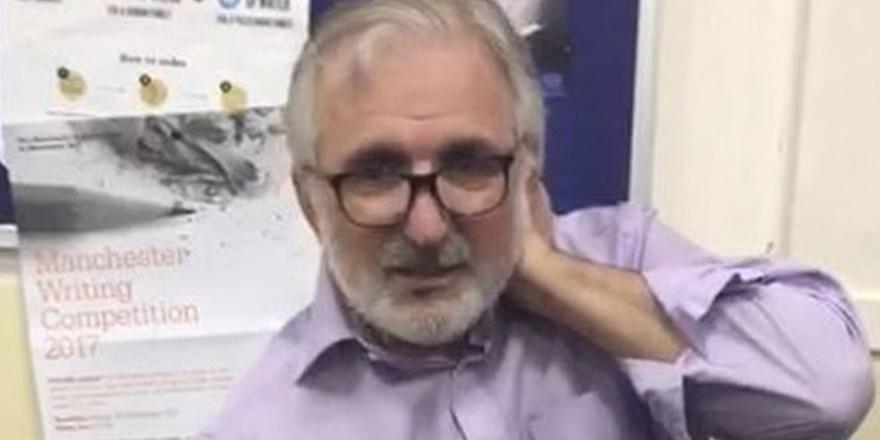 İngiltere'de Camiye Giderken Boynundan Bıçaklandı!