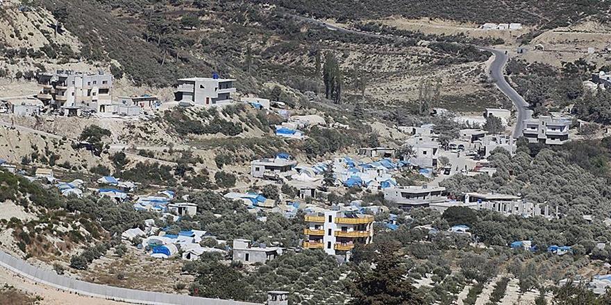 Rusya ve Esed'in Saldırdığı İdlib'de İç Göç Başladı!