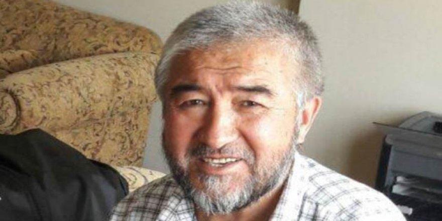 Özbek Avukatlar Ünlü Yazara Sahip Çıkmaktan Korkuyor