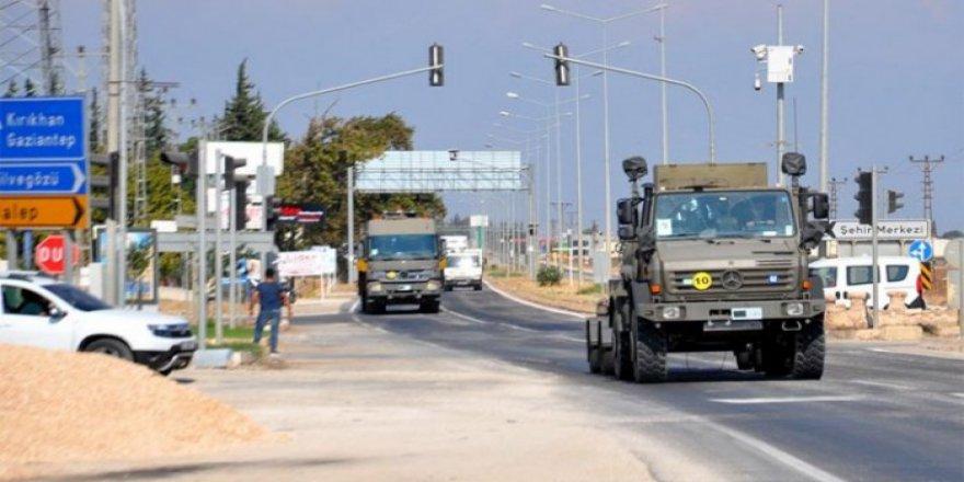 TSK'ye Ait Askeri Araçlar Suriye'ye Geçti