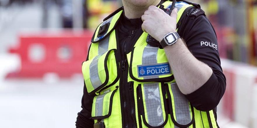 Birmingham'da Müslüman Çocuğa Bıçaklı Saldırı!