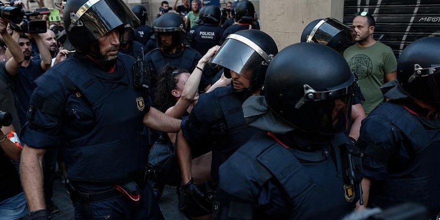 Katalonya'da Referanduma Müdahale: 337 Yaralı