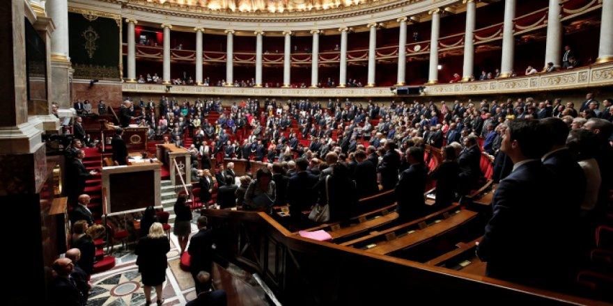 Fransa Terörle Mücadele Yasa Tasarısını Onayladı