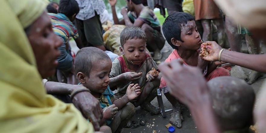"""""""Bangladeş'te Kamplardaki Arakanlıların Sayısı 800 Bine Ulaştı"""""""