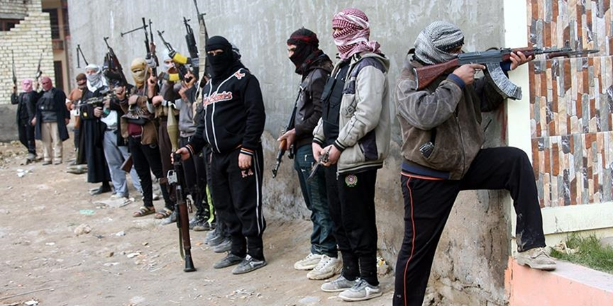 Hama-İdlib Hattında Esed-IŞİD İşbirliği!