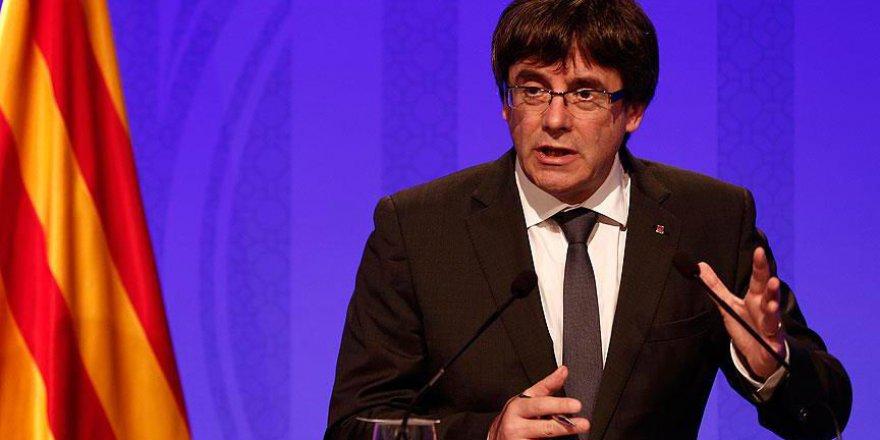Katalonya Başkanı Puigdemont Bağımsızlık İlan Etmedi