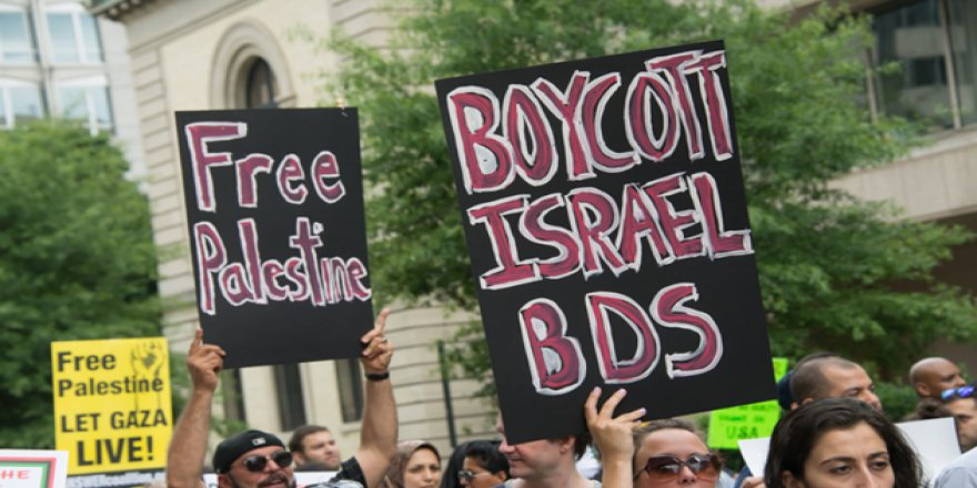 İşgalci İsrail'i Boykot Etme Yasağına Dava Açıldı