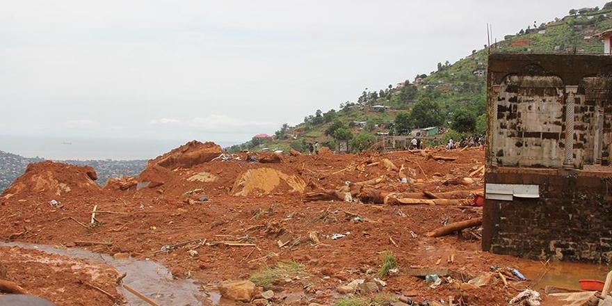 Vietnam'daki Sel Felaketi: Ölü Sayısı 54 Oldu