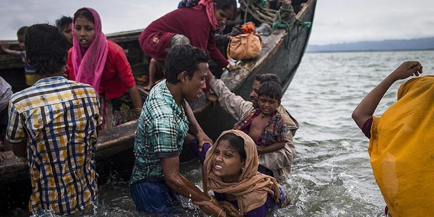 """""""Arakan'dan Bangladeş'e Geçenlerin Sayısı 536 Bine Ulaştı"""""""