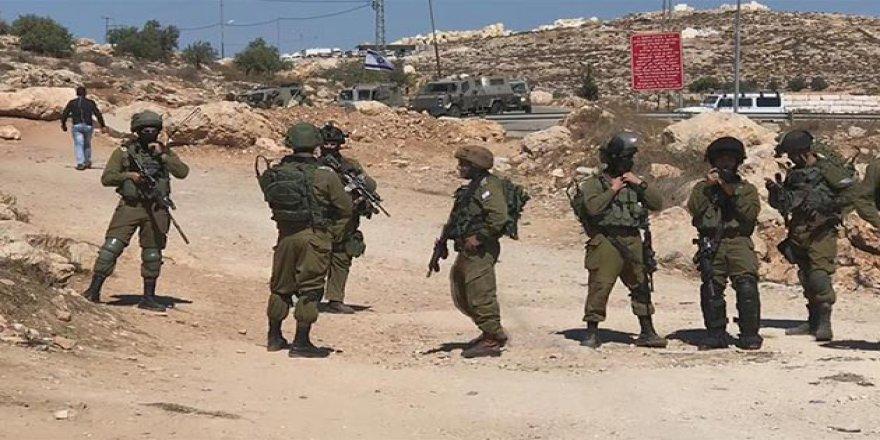 Filistinliler Yıllardır Kapalı Olan Köy Yollarının Açılmasını İstiyor