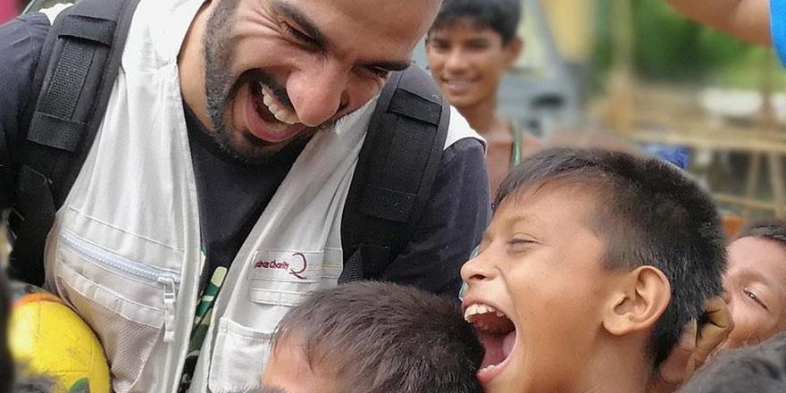 """""""Arakanlı Çocukların Gülmeye İhtiyacı Var"""""""