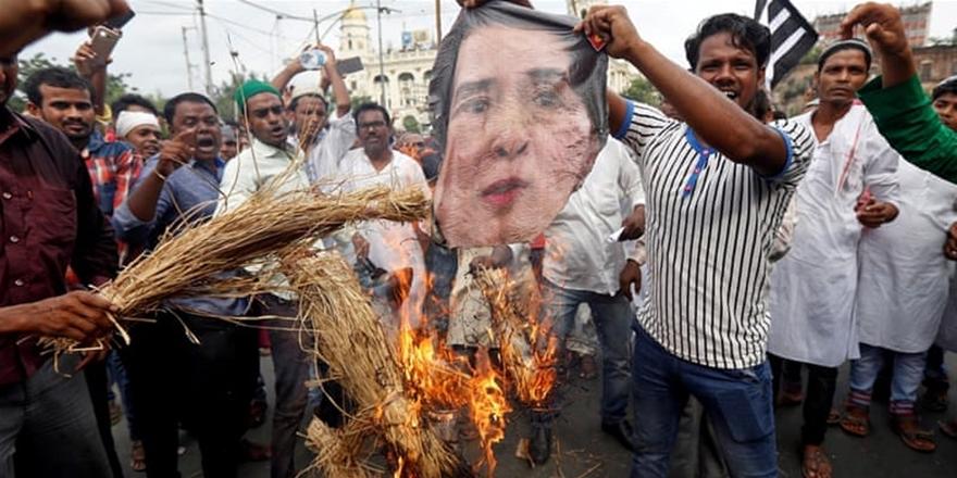 Aung San Suu Çii'ye Açık Mektup: Suçlu Sizsiniz!