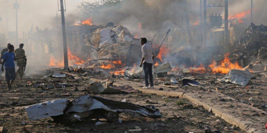 Somali'deki Bombalı Saldırılarda Ölü Sayısı 231'e Çıktı