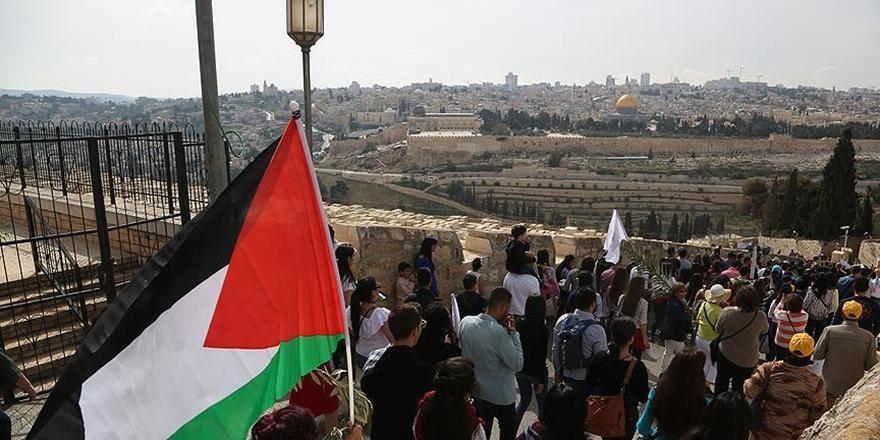 Filistinliler İngiltere'den Özür Bekliyor