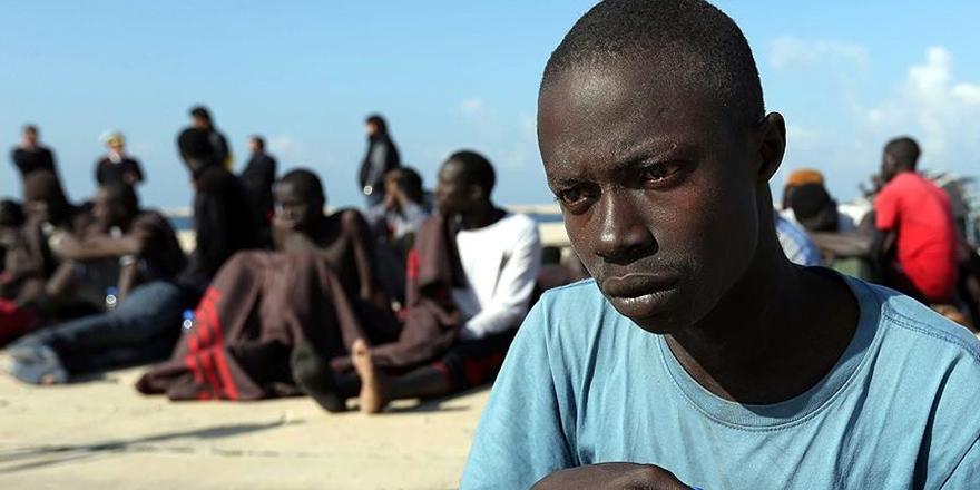 Angola Yüzlerce Göçmeni Sınır Dışı Etti!