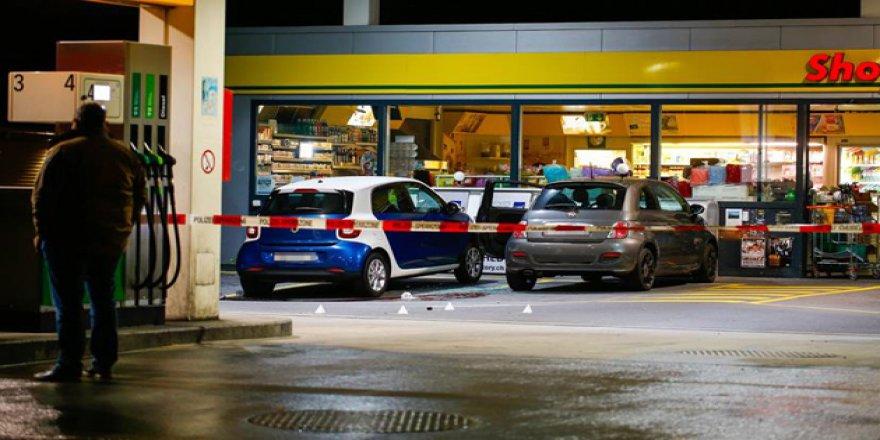 İsviçre'de Baltalı Saldırgan Dehşeti
