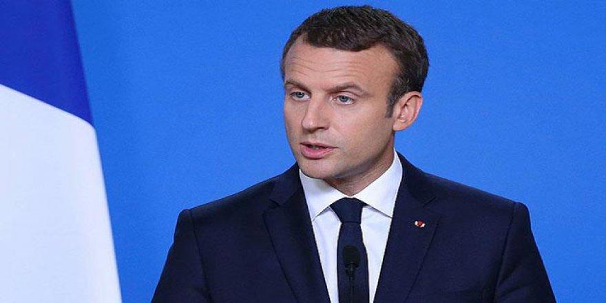 Macron'dan Barzani'ye Diyalog Çağrısı