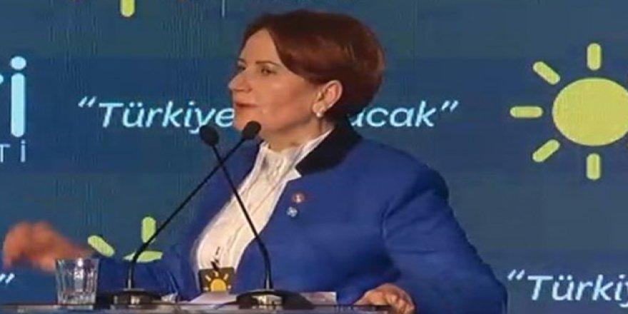 Akşener İYİ Parti Genel Başkanlığından Ayrılıyor