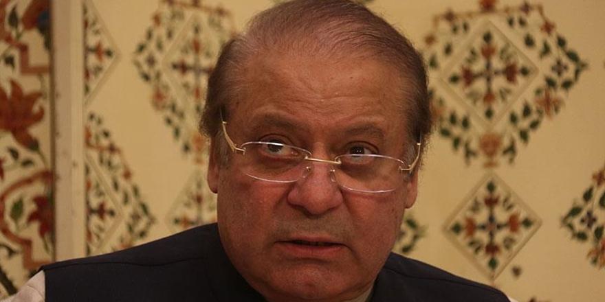 Pakistan'ın Eski Başbakanı Şerif Hakkında Tutuklama Kararı