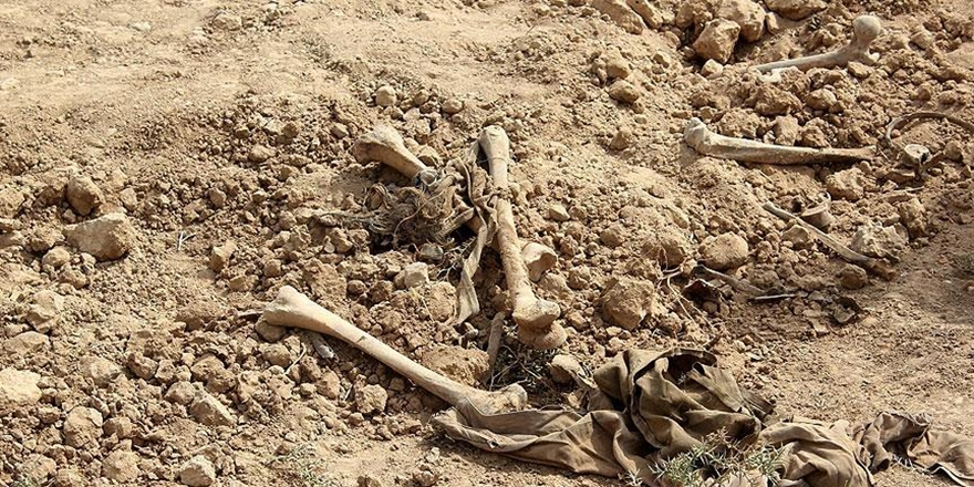 İdlib'de Bir Toplu Mezar Daha Bulundu!