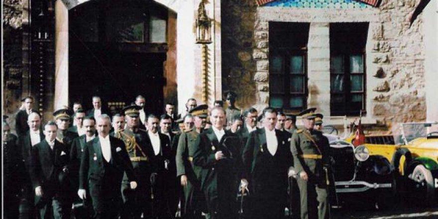 Erken Cumhuriyet'in Organik Aydınları!