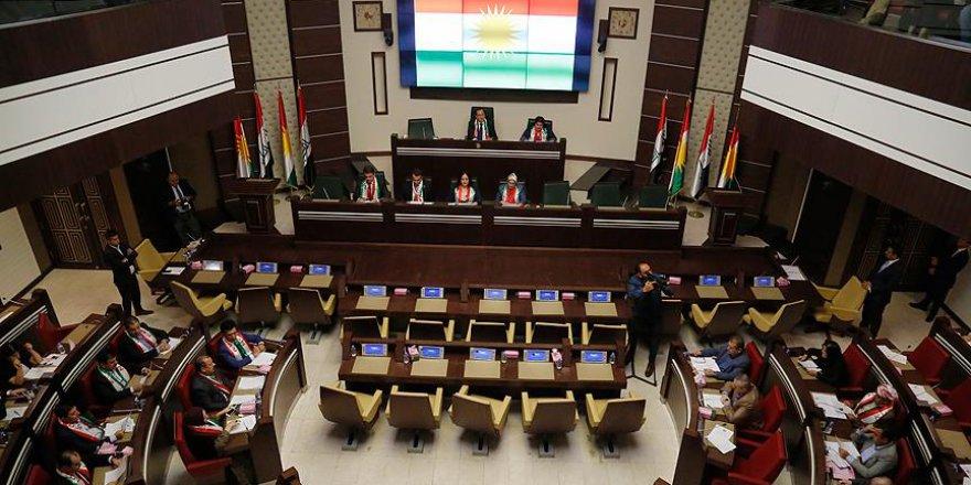 IKBY Meclisi'nde Barzani'nin Yetkileri Devredildi