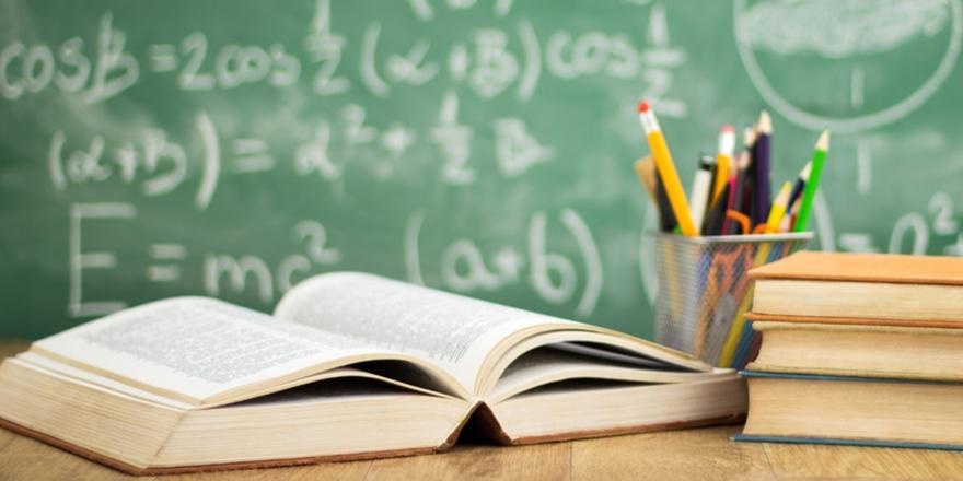 Türkiye'de Eğitim Denince Akla Ne Geliyor?