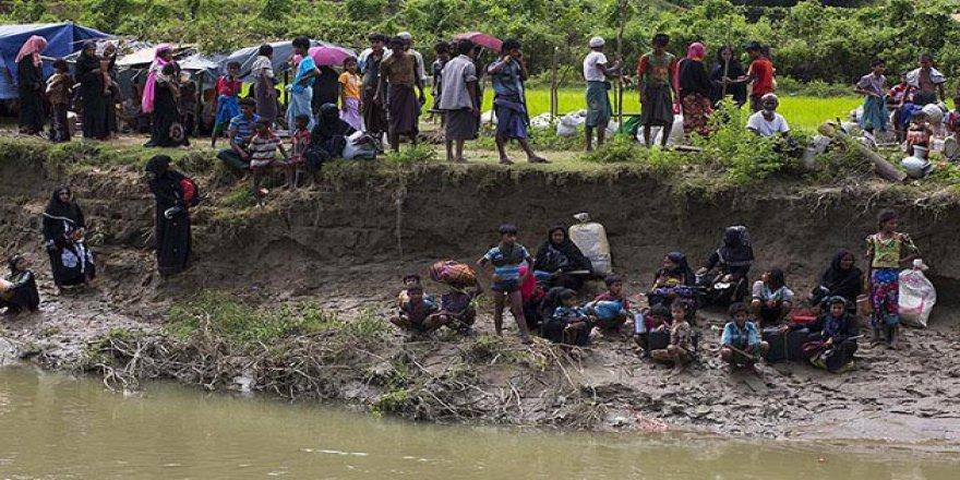 """Bangladeş'ten """"Myanmar'a Uluslararası Baskı Sürdürülsün"""" Çağrısı"""