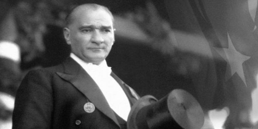 Atatürk Darbeci de FETÖ'cü de Değilmiş!