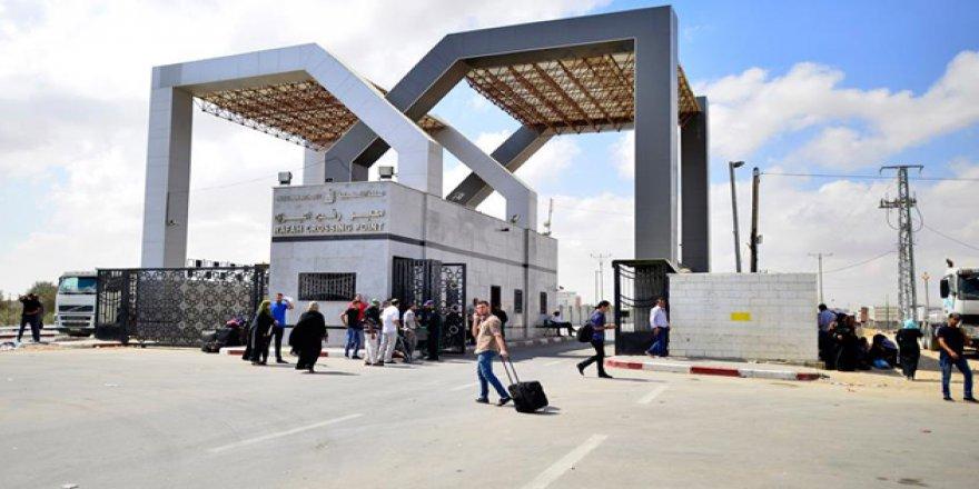 """""""Abbas Refah Kapısı'nın Açılmasını Resmi Olarak İstemedi"""""""