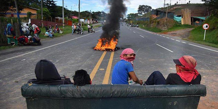 Kolombiya'daki Yerlilerin Protestolarında Yaralı Sayısı Artıyor