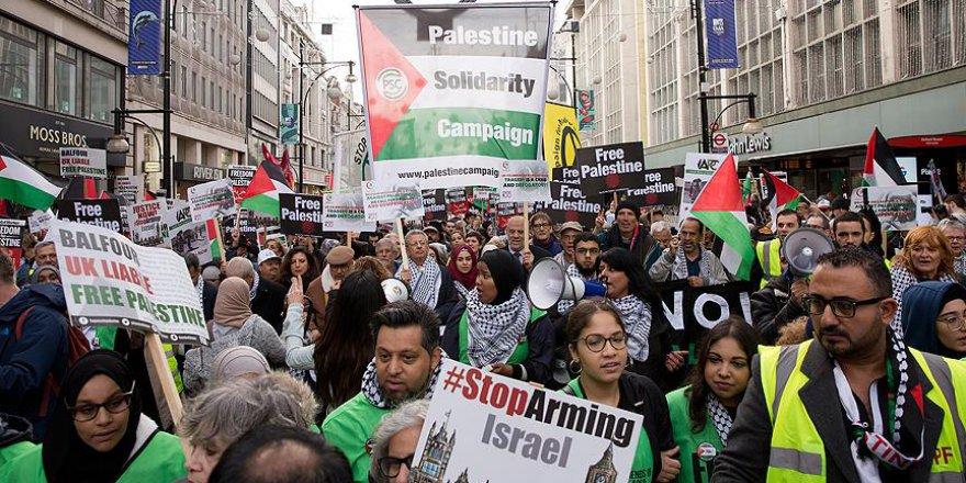 Londra'da 'Balfour' Protestosu