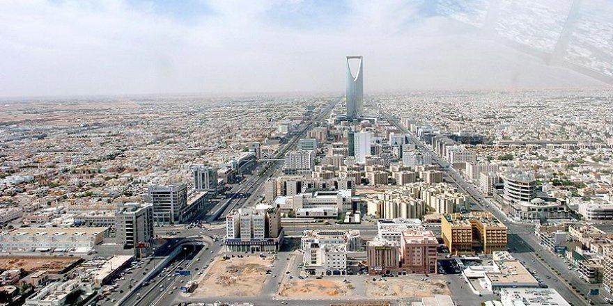Suudi Arabistan'da Düşen Helikopterin Enkazına Ulaşıldı