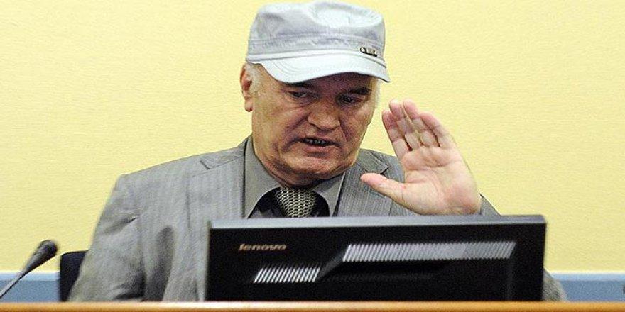 Savcılık, 'Bosna Kasabı' Mladic İçin En Ağır Cezayı İstiyor