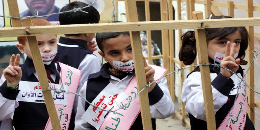 İşgalci İsrail Hapishanelerinde Üç Yüz Filistinli Çocuk Var