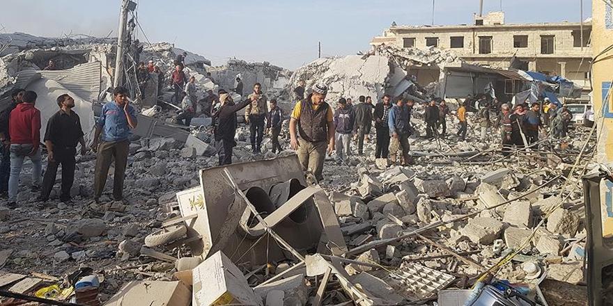Halep'in Etarib İlçesinde Pazar Yerine Hava Saldırısı!